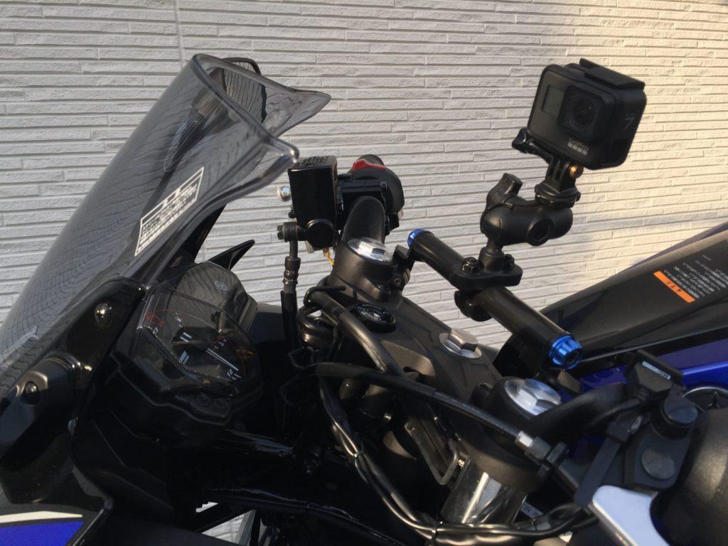 GoProを取り付けた状態のYZF-R25